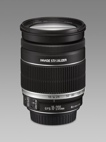 Canon EF-S 18-200mm f/3.5-5.6 IS - 1